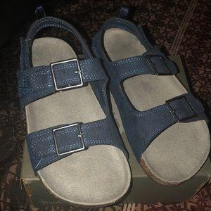 OshKosh unisex sandals